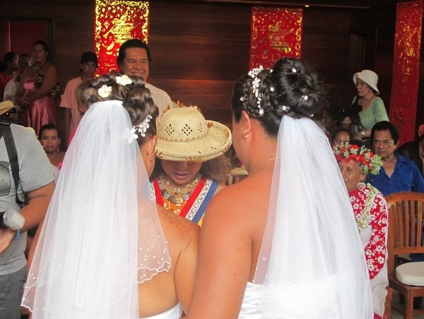 first-ever-lesbian-marriage -bora