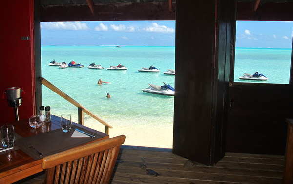 bora-lunch-by-jet-ski